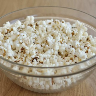 How to make stovetop popcorn without oil