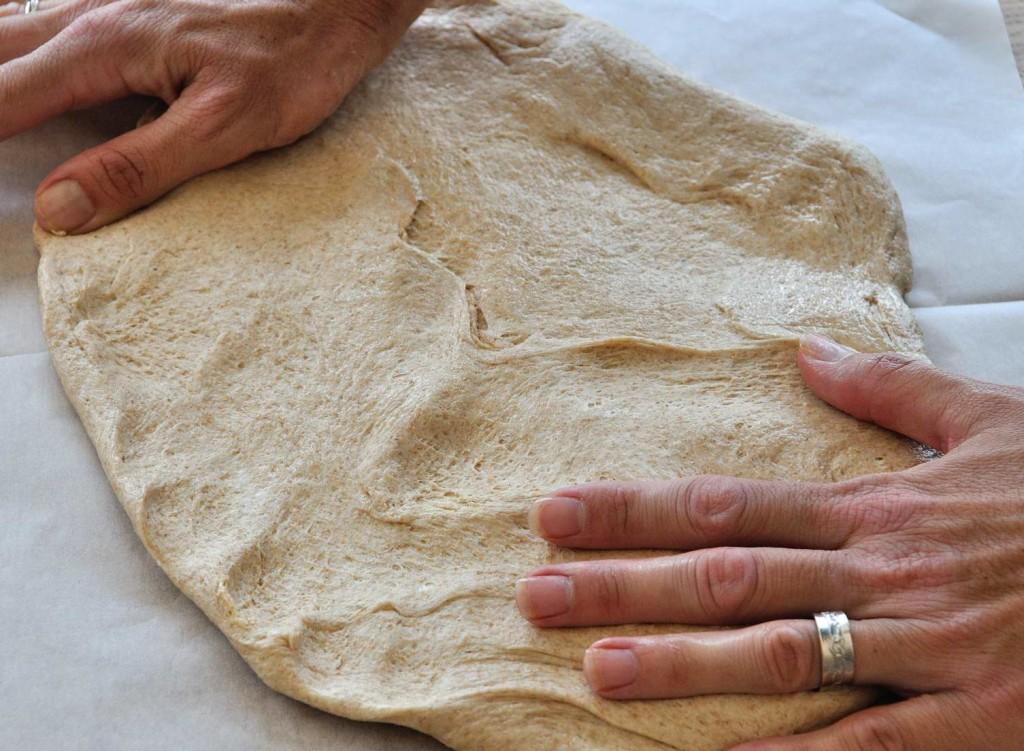 Pull Apart Vegan Pizza Bread