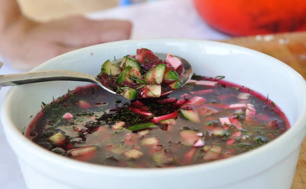 Chilled Vegan Beet Soup (Svekolnik)