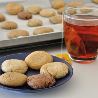 עוגיות בריאות במגוון וריאציות (טחינה, שקדים ועוד..)