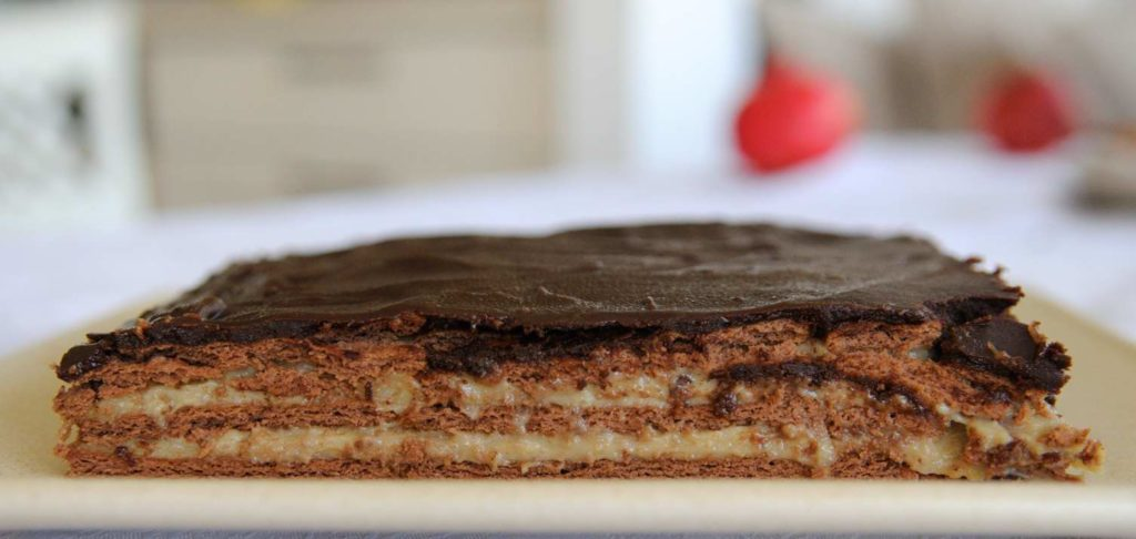 Vegan Graham Crackers Cake