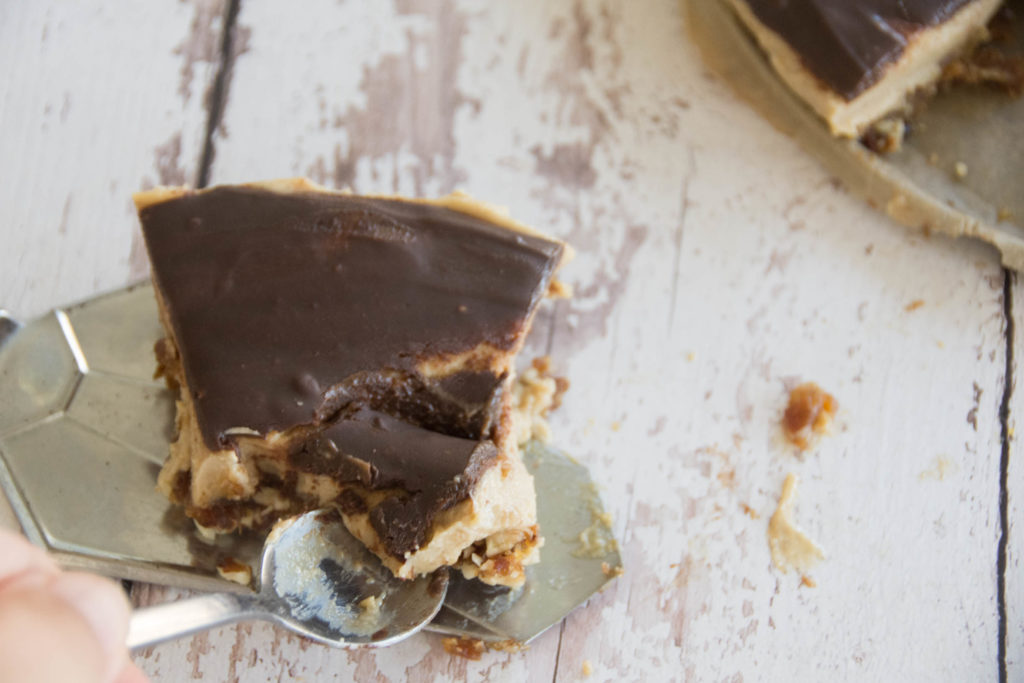 Vegan Espresso Cream Cheesecake