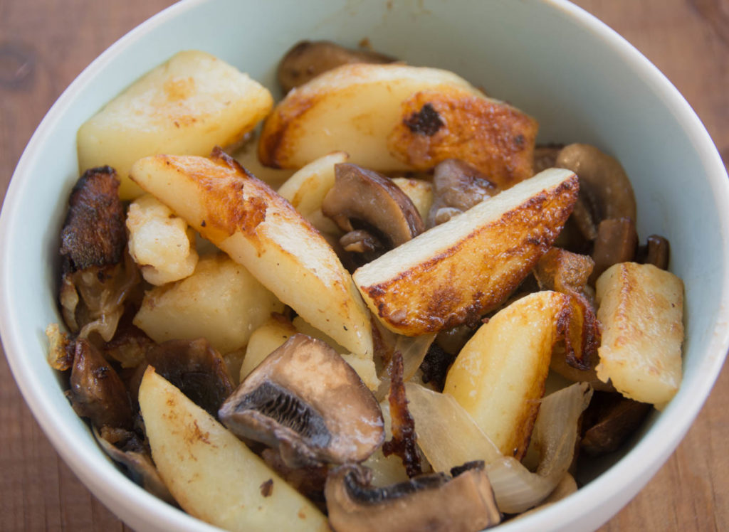 Pan Fried Potatoes With Mushrooms, Onions And Cashew Cream